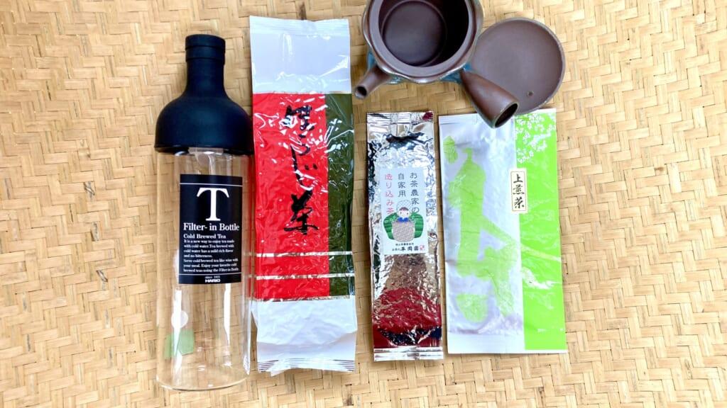 急須とフィルターインボトルと緑茶3種飲み比べセットの写真